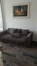 One bedroom flat nicely renovated furnished or unfurnished Knaphill near Woking