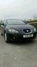 Seat leon copa SE 1.6 tdi in black with sat nav