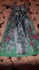 Girls costumes 5-6 years