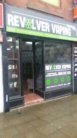 Shop on Market Street Hyde to LET