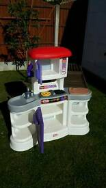 Little tikes kitchen