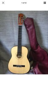 Kent 3/4 Size Classical Guitar - With Case