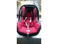 Maxi Casi Cabriofix Car Seat in Red. Group 0+