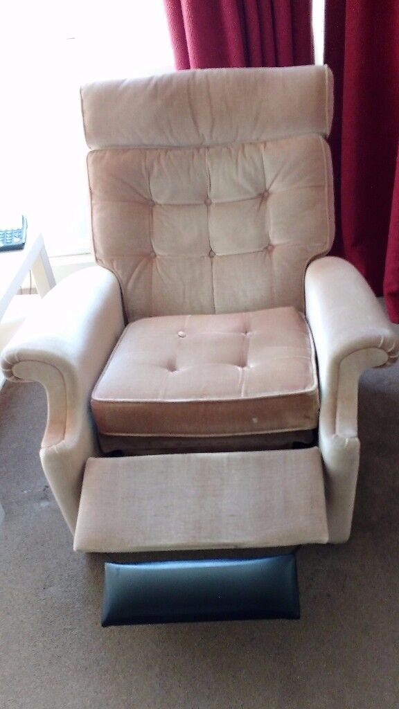 Parker Knoll Norton Reclining Vintage Armchairs Great