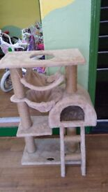 Cat House Brand New Excellent Item