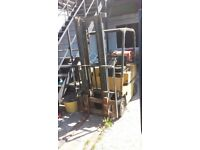Forklift caterpillar 999 £
