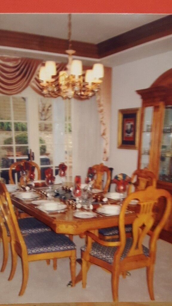 Beautiful Dining Room Suite And Crystal Cabinet For Sale