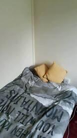 Single room, Blackley
