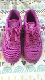 *barely worn* Nike Air Max 90 Ultra BR Trainers - Violet/Size 7