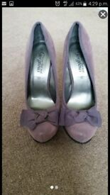 Brand new size 6 new look purple suede shoes heels