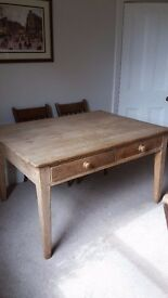 MID-VICTORIAN SCRUBBED FARMHOUSE DINING TABLE