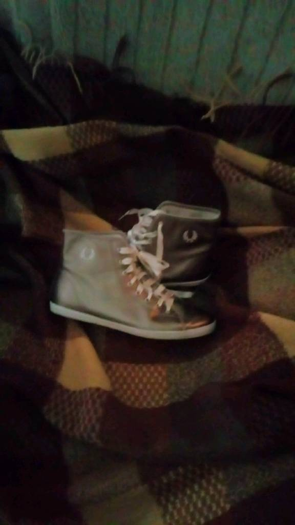 Ladies Fred perry bronze baseball boots