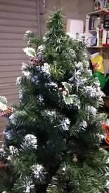 Christmas tree (artificial)
