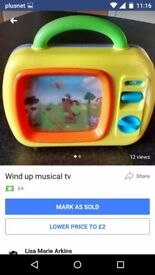 Musical wind up tv