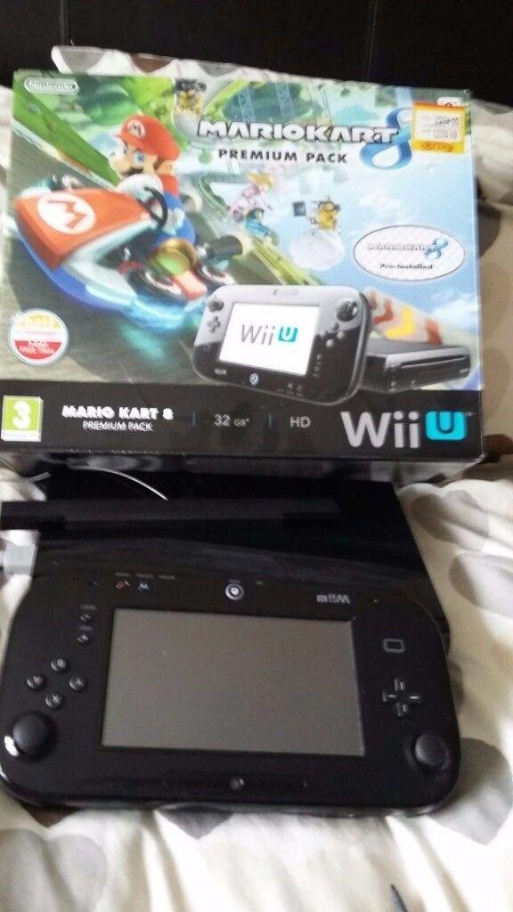 Wii u console sensor bar and game