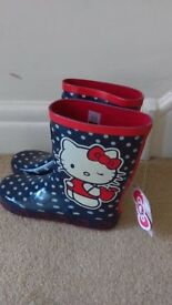 Brand new Hello Kitty boots. Size 3.