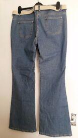 "Lightwash Bootcut Jeans Size 16 31"" Leg"