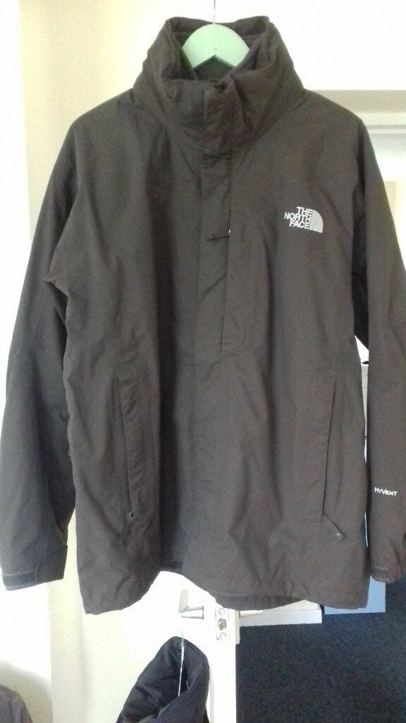 A nearly new male North Face winter jacket, 3 in 1, with a collar hood, size M ,waterproof