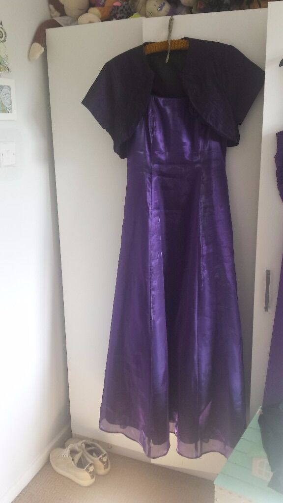 Prom dress and jacket bought from Debenhams, dress is size 10 and jacket is size 14in Milton Keynes, BuckinghamshireGumtree - Prom dress and jacket, can sell separate, jacket size 14 and dress size 10