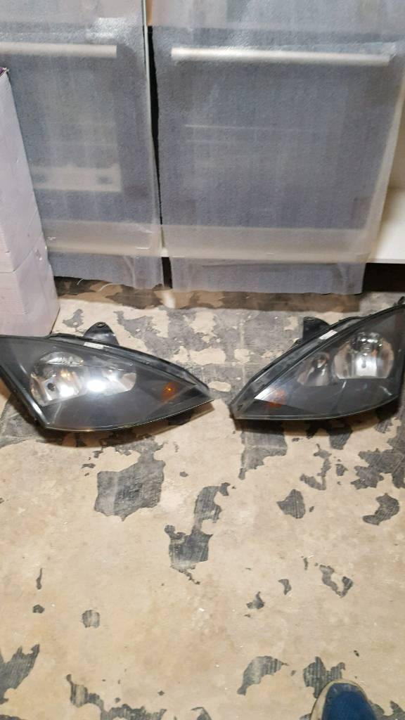 ford focus st 170 headlights complete