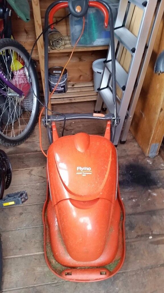 Flymo hover compact 300 lawn mower. £20