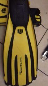 Mares Scuba Diving Fins (Size 10/45)