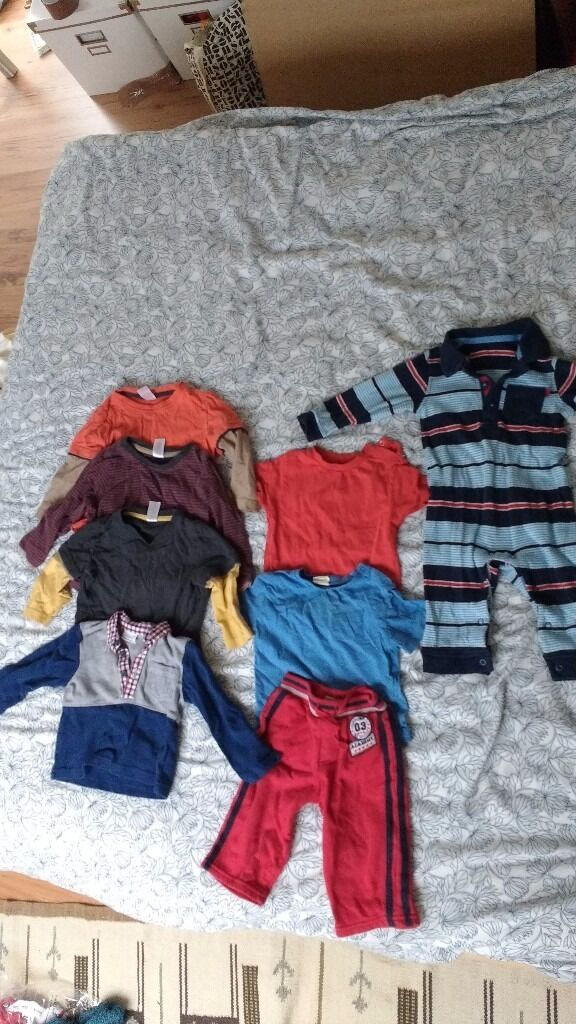 Job lot of boys/unisex baby/toddler clothesin Burgess Hill, West SussexGumtree - Job lot of boys/unisex clothes. Items are in used good condition without marks. The all in one and the polo neck t shirt have only been worn a couple of times. Three long sleevd t shirts from boots mini club size 9 12 months Long sleeved polo shirt...