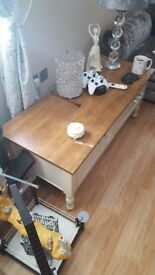 FARMHOUSE SOLID WOOD COFFEE TABLE