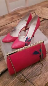 Ladies gina size 5.5 magenta shoes and matching bag