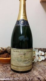 Collectable 1966 football world cup champ,team GENUINE autog; swop/px for samsung,