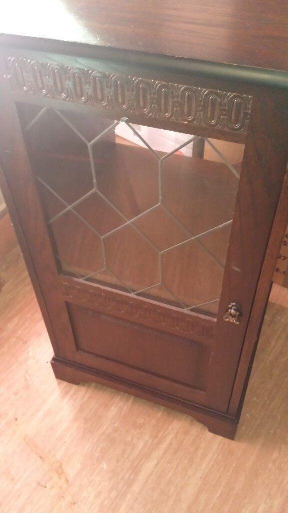 Oak Hifi Cabinet With Leaded Gl Door