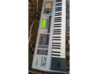 ROLAND FANTOM Xa Keyboard in mint condition with case.