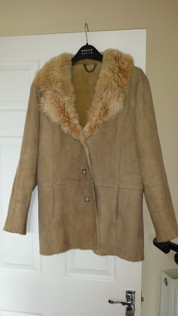 Superb Lakeland sheepskin coat in good used condition | in