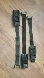 3x securing straps