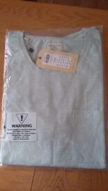 Homme tee shirts. Brand new. .still wrapped. ..Large..and Ex.large....RRP.£18..