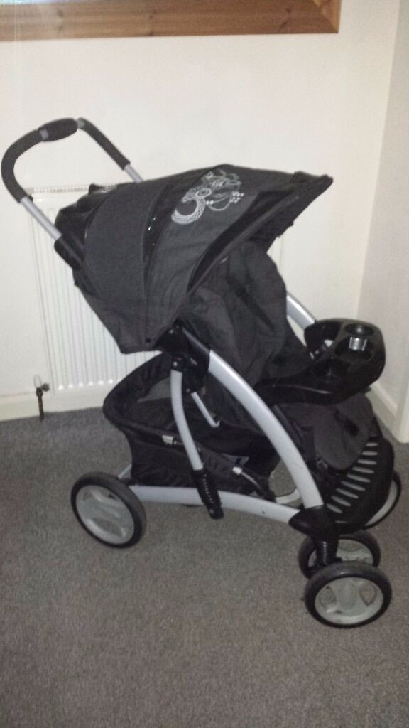 Graco quarttro deluxe buggy pram pushchair with rain cover