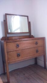 Chest of drawers with top mirror