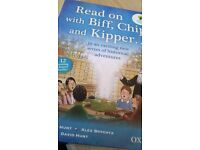 Read on with Biff, Chip and Kipper. 12 books