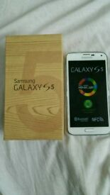 Samsung Galaxy S5 White Color Unlocked Excellent Condition As like New Box