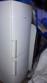 **BOSCH**FRIDGE FREEZER**FROST FREE**A+ RATED**COLLECTION\DELIVERY**NO OFFERS**ONLY 2 YEARS OLD**