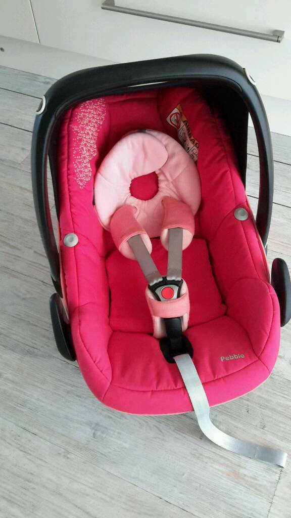 Maxi Cosi Pebble Pink Car Seat