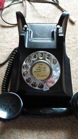 Bakelite 1950's phone in working order