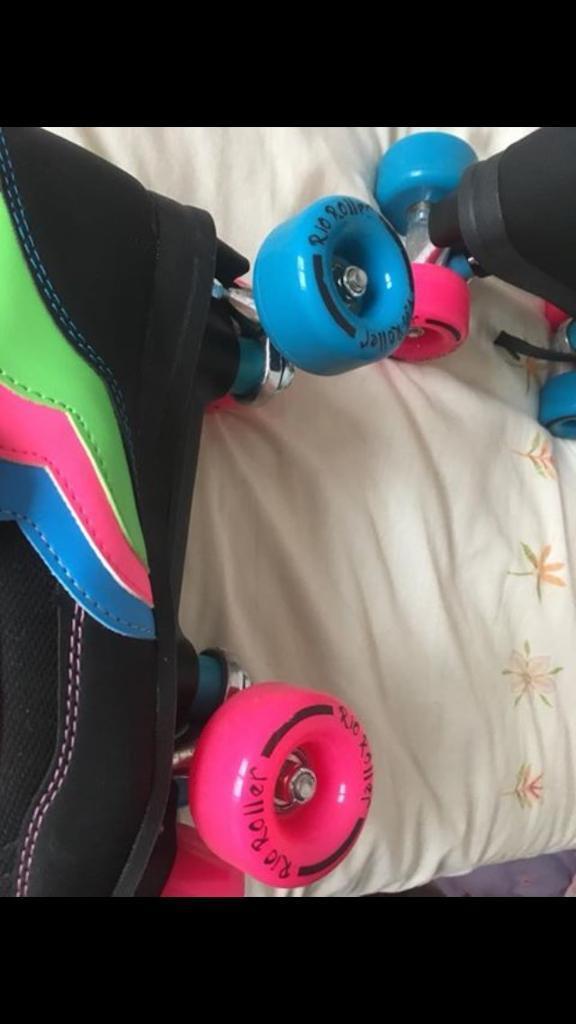 Rio woman roller skates size 6