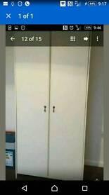 Single wardrobe