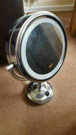 No7 make up magnifying mirror