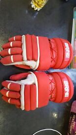 Lacrosse BRINE Floating-Cuff System L-35 Gloves