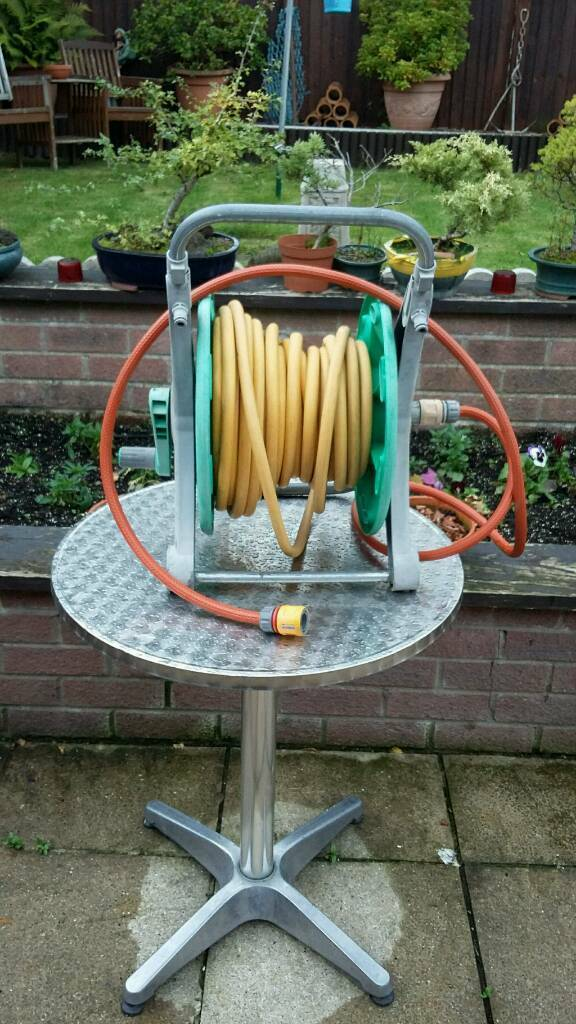 Hozelock garden hose pipe no leeks 30 yards long