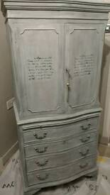 Vintage shabby chic cocktail drinks cabinet unit
