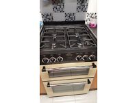 4 week old Belling gas cooker. Superb condition