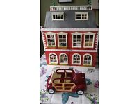 Sylvanian regency hotel and accessories